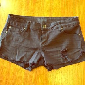 Forever 21 Fifteen distressed shorts